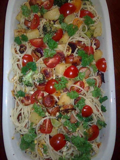 Nakki-Peruna-Spagetti paistos 3