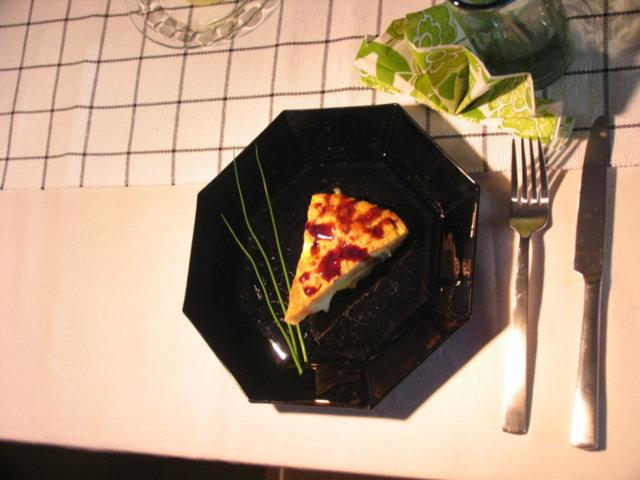 Tortilla Españole Halloumilla ja makeaa balsamicokastiketta 1