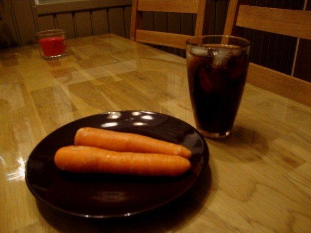 Porkkanaa ja Kokista kevyt välipala (37 Kcal)
