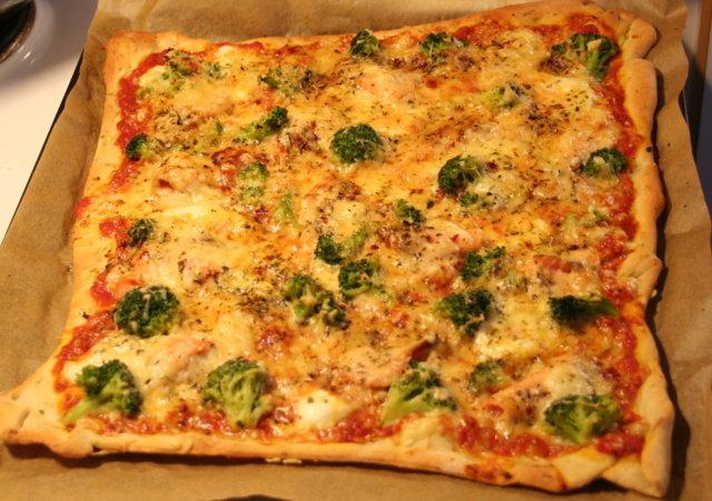 Kylmäsavulohi-parsakaalipizza á la chef Tapsa 1