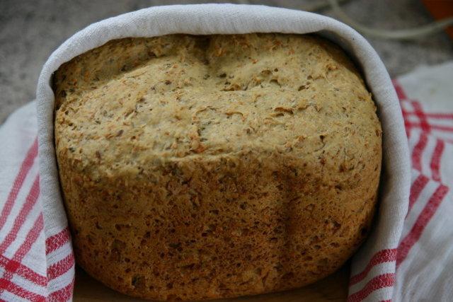Siemen porkanaleipä leipäkoneella 1