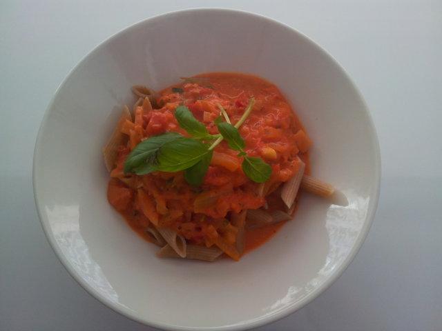 Reseptikuva: Tomaatti pasta 1