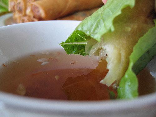 Vietnamilaiset possu-raputäytteiset kevätkääryleet 1
