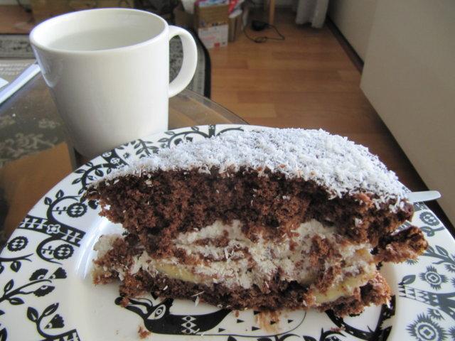 Suklaa-kookos täytekakku 1