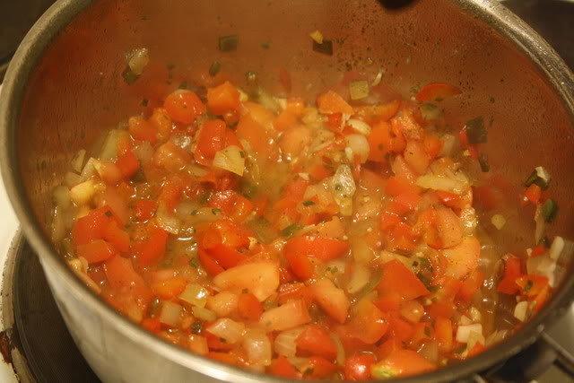 Kotitekoinen salsa