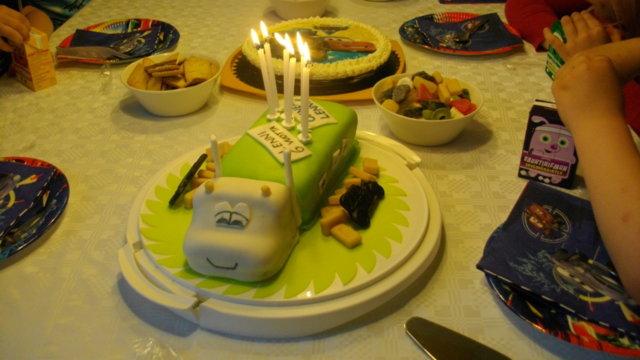 Rekka(Lehmä)Kakku ;) 1