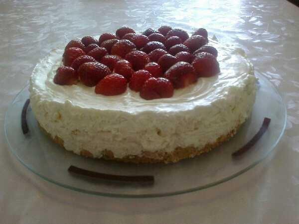 Reseptikuva: Vaniljainen valkosuklaa-lime -juustokakku 1