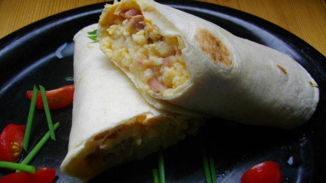 Breakfast Burrito -AamiaisBurrito