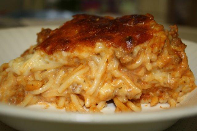 Reseptikuva: Juustoinen spagettipaistos, L,VL 1