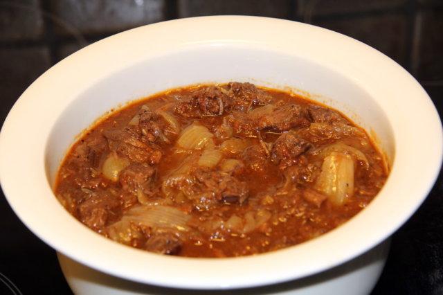 Reseptikuva: Stifado (kreikkalainen lihapata) 1