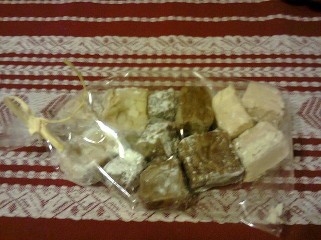 Maitosuklaata / tumma suklaata kermatoffee - Fudge