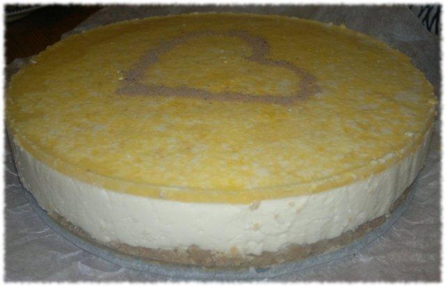 Appelsiini juustotorttu 1