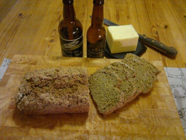 Helppo ja nopea olutleipä 1