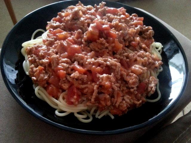 Tomaattinen pastakastike 1