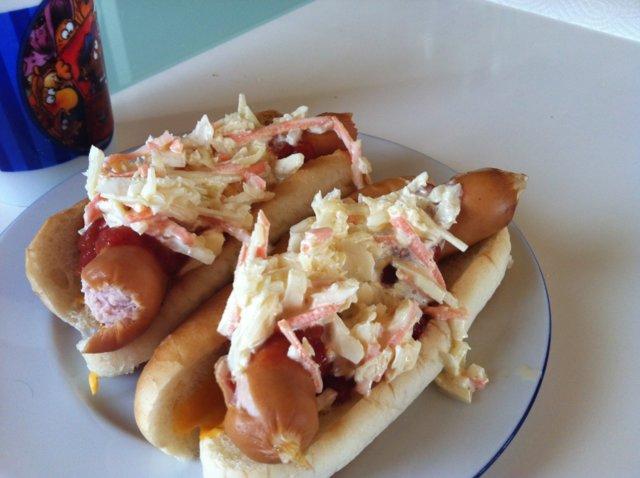 Hjuvat hot dogit 1