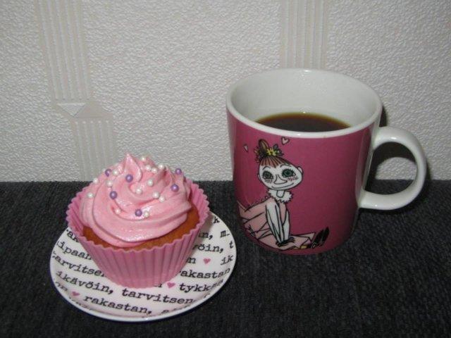 Vaaleanpunaiset muffinssit 2