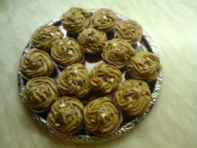 Suolapähkinä-suklaa Cupcakes 1