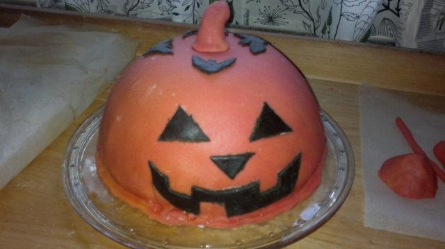 Halloween-kakku 1