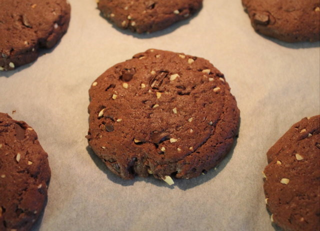 Chocolate hazelnut cookies 3