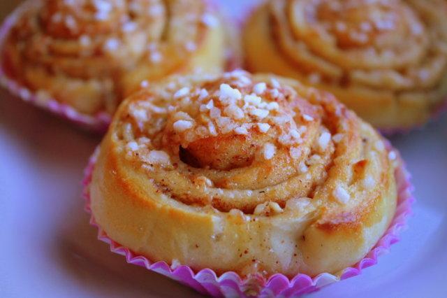 Pähkinä-toscapullat 1