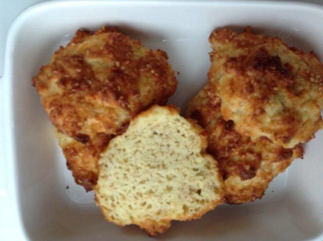 Gluteeniton mantelileipä 1