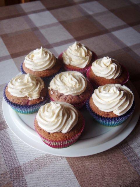 Reseptikuva: Vadelma leivokset valkosuklaakuorrutteella 5