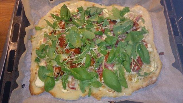 Reseptikuva: Valkoinen pizza 1