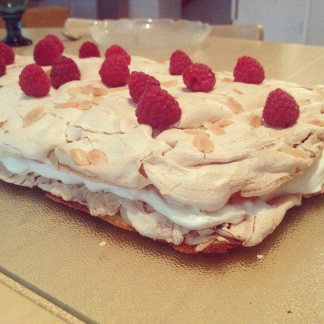 Gluteeniton Brita Kakku