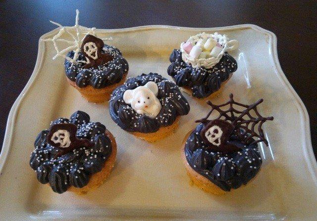 Halloween muffinssit 1