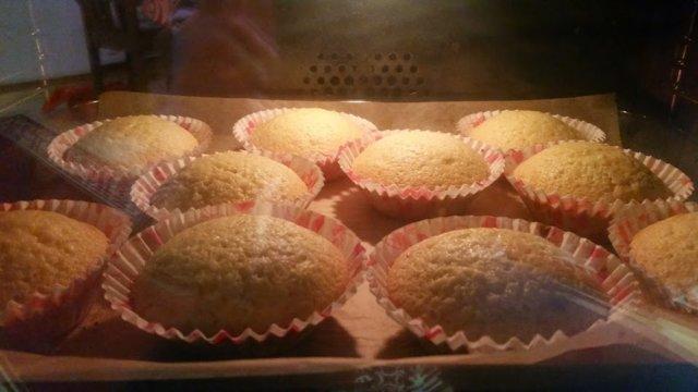 Reseptikuva: Sitruunaiset kuppikakkuset 3
