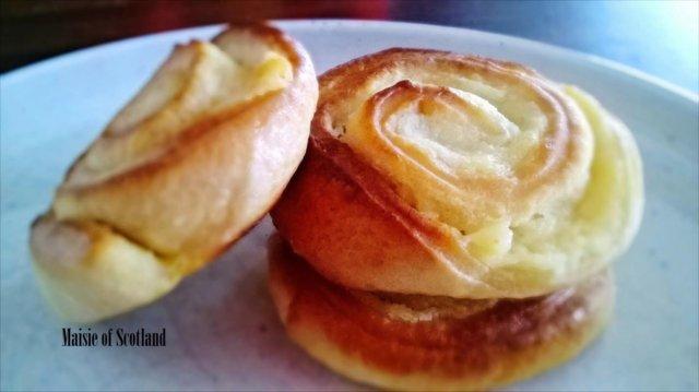 Reseptikuva: Sitruunaiset kierreleivokset (G) 1