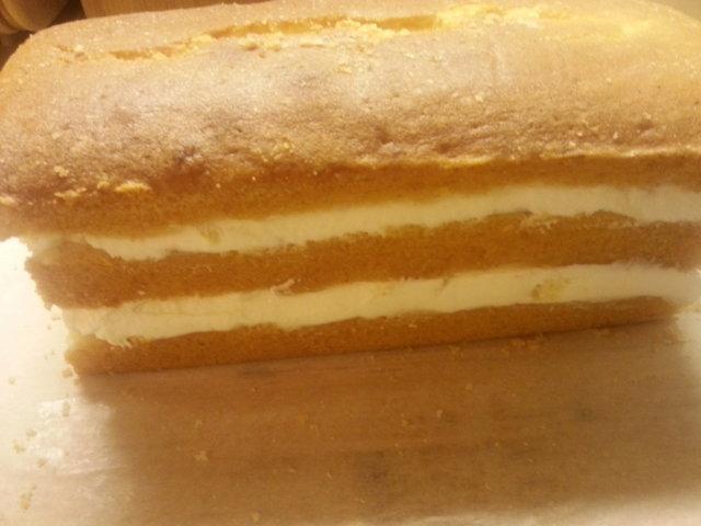 Sitruskakku/leivonnainen 4