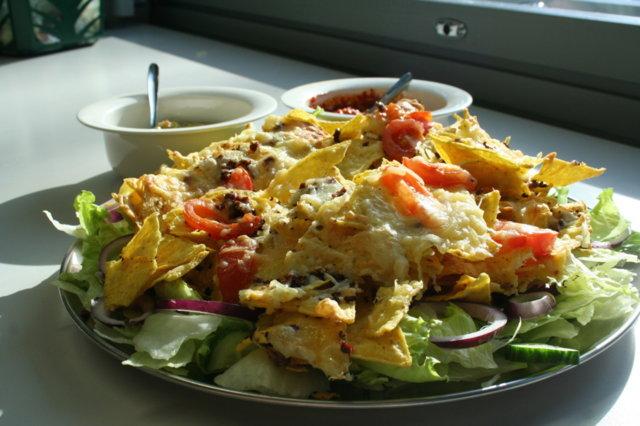 Reseptikuva: Nacho Fantastico -salaatti 1