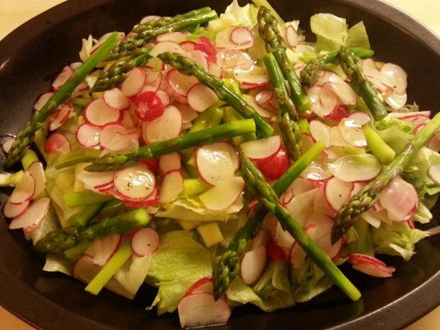 Parsa-retiisi salaatti 2