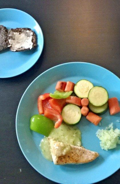 Reseptikuva: Kanaa kevyesti kesän kasviksilla 1