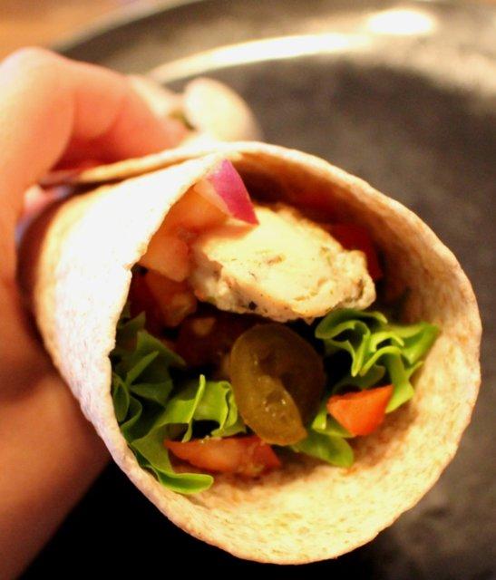 Reseptikuva: Kana-Jogurtti Tortillat Tulisella Bruschetta Täytteellä 2