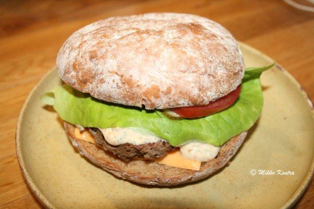 Huippuburgeri 1