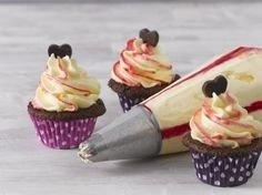 Rasberry cupcakes