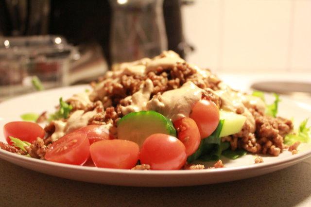 Reseptikuva: Texmex-salaatti 2