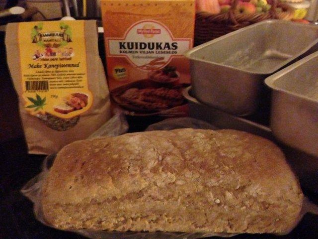Reseptikuva: Runsaskuituinen Hamppu-vuokaleipä/Kanepiseeminedleip 1