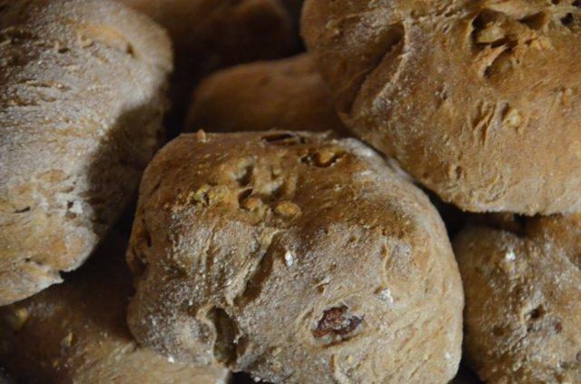 Pähkinäsämpylät 1