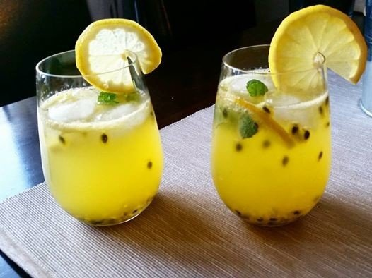 Reseptikuva: Passion-sitruuna-drinksu 1