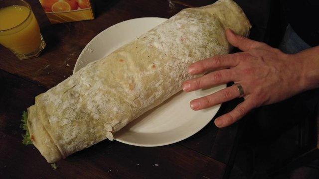 Kebabliha, keskitulinen kastike ja majoneesi 12