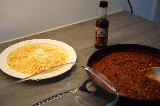 Vegaaninen lasagne twistillä