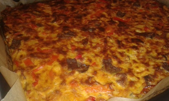 Nyhtöpossu-kebab piirakka