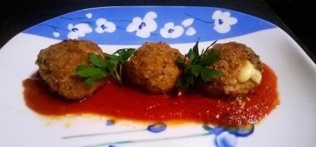 Helpot ja ihanat lihapullat italialaisittain