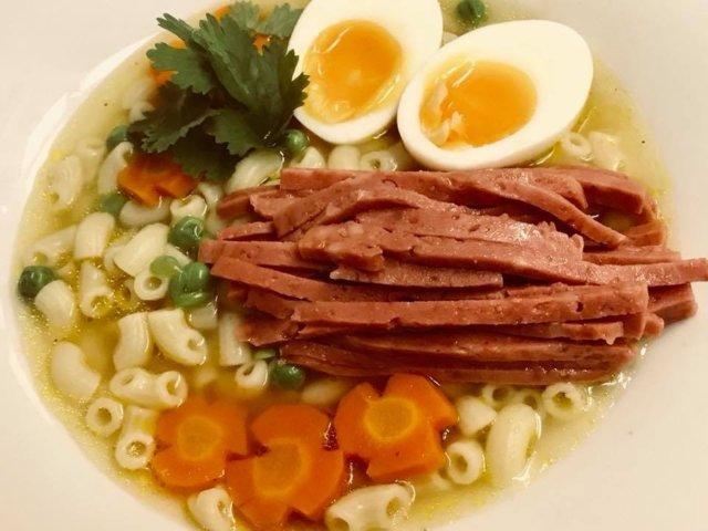 Reseptikuva: Hong Kong Style Macaroni Soup 1