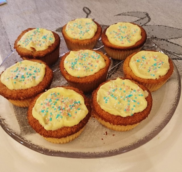 Kuningatar cupcake 1