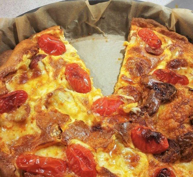 Nopea chorizo-mozzarellapiirakka 2
