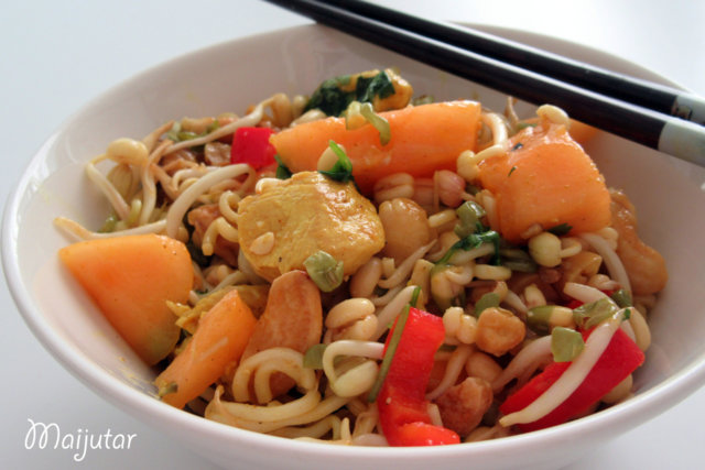 Reseptikuva: Thai kana-nuudelisalaatti 2